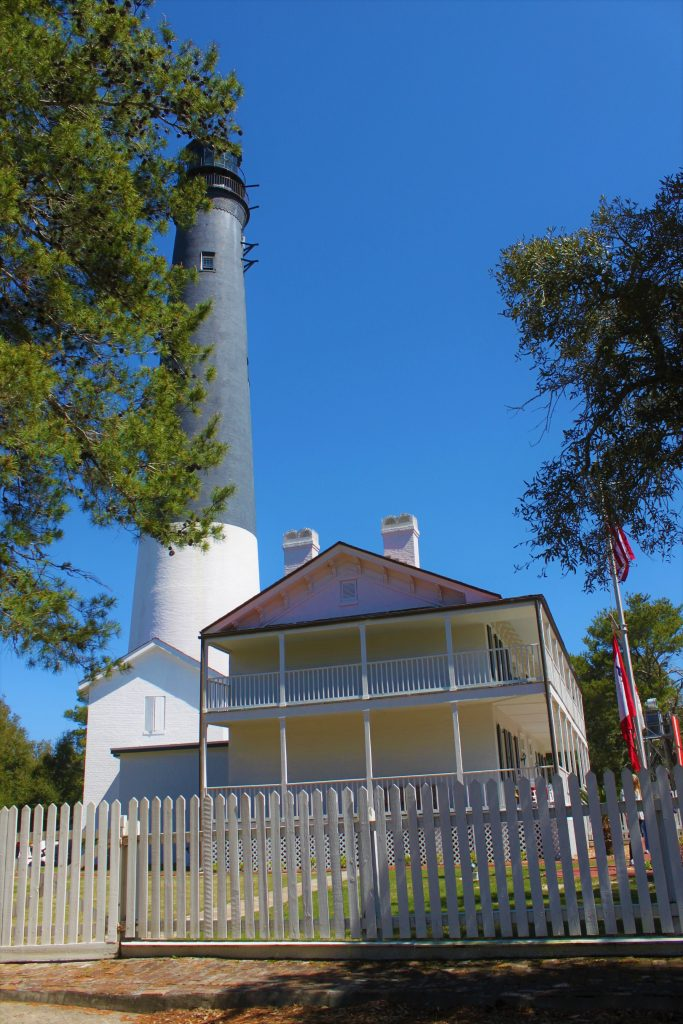 Pensacola light, pensacola lighthouse, pensacola florida, florida lighthouse